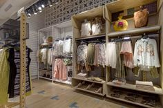 Bogota Made by: . Pull & Bear PULL & BEARa new concept for the store inte. Visual Merchandising Displays, Visual Display, Fashion Merchandising, Pull And Bear Tienda, Retail Fixtures, Store Design, Design Shop, 3d Design, Clothing Displays