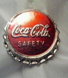 RARE Coca Cola Coke Bottle Cap Employees Safety Pin VG Condition