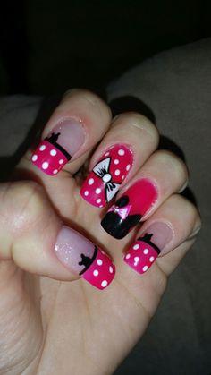 Minnie mouse gel polish nails ! !!