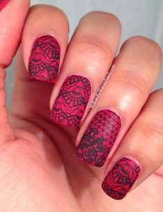 Valiantly Varnished: Matte Lace Valentine's Day Nail Art #nailart #valentinesday