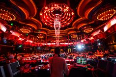 Las Vegas Event Management Company, On The Scene, has experience producing corporate events at Omnia Las Vegas, one of the top event venues in Vegas. Event Services, Event Venues, Las Vegas Events, Nightclub Design, Event Management Company, Luz Led, Corporate Events, Night Club, Event Planning