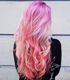 📷 @albertaberlin ⠀ Amazing Hair 💗💜 Love or not?? ⠀ #hairsquad #redhair #purplehair #bluehair #pinkhair #yellowhair #greenhair #grayhair #rainbowhair #mermaidians #mermaidhair #hairpainting #haircolor #hairdye #colorfulhair #unicornhair #dyedgirls #orangehair #pastelhair #silverhair #whitehair #dyedhair #bluehairdontcare #purplehairdontcare #colormelt #pravana #modernsalon #instahair #hairstyles #violethair