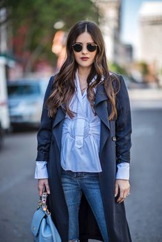 Outfit Invierno, Gloomy Day, Office Attire, Happy Thursday, Jeans, Trench, Casual Looks, Boho Chic, How To Look Better