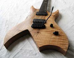 Zachary Guitars take on a BC Rich Bich