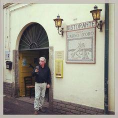 Il famoso ingresso dell'Asino D'Oro... - Picture of L'Asino D'Oro, Grottaferrata - TripAdvisor