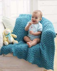 Keep your baby cozy with these knitted baby afghan patterns. These baby blanket patterns are so easy to make and so incredibly comfy. Pick from these free knitting patterns for baby blankets and make your little one smile! Knitted Afghans, Knitted Baby Blankets, Baby Afghans, Baby Blanket Crochet, Crochet Baby, Baby Shawl, Free Crochet, Baby Afghan Patterns, Easy Knitting Patterns