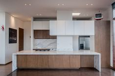 Cozinhas embutidas por Martínez Arquitectura Small U Shaped Kitchens, Best Kitchen Designs, Kitchen Ideas, Cool Kitchens, Kitchen Island, House Design, Inspiration, Spaces, Amazing