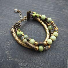 """Купить Кожаный браслет с камнями """"Golden"""". Браслет многорядный, крупный - золотой, ручной работы"""