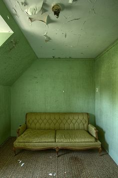 decaying green room