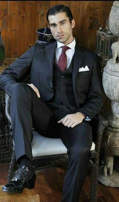 This is Trendy winter mens fasion Sharp Dressed Man, Well Dressed Men, Mens Fashion Suits, Mens Suits, Men's Fashion, David Gandy Style, Style Costume Homme, Portrait Photography Men, Sexy Socks
