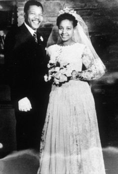 One of the most famous couples in African history, the pair were married in February of Contrary to popular belief, Winnie was not Nelson Mandela's first wife, nor would she be his las Celebrity Couples, Celebrity Weddings, Nelson Mandela Pictures, Winnie Mandela, Vintage Wedding Photos, Vintage Weddings, Photo Souvenir, Vintage Black Glamour, Famous Black