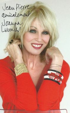 The amazing Joanna Lumley - vegetarian for over 35 years English Actresses, Actors & Actresses, Patsy Stone, Jennifer Saunders, Beautiful Outfits, Beautiful Women, Getting Over Her, Joanna Lumley, Emma Peel