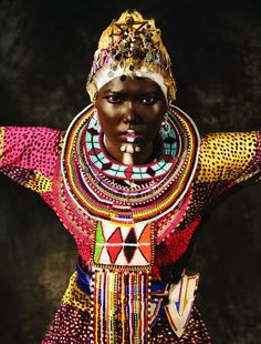 Looks like a photo shoot to me, but drawing on African tribal design traditions. Maybe Masai jewelry? Africa Fashion, Tribal Fashion, Hippie Fashion, Ankara Fashion, African Beauty, African Art, African Style, African Tribes, African Fabric