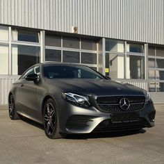 Mercedes E Class Coupe, Mercedes Benz Cars, Living In Car, Mercedez Benz, Benz E, Cars And Coffee, Car Car, Sport Cars, Cars And Motorcycles