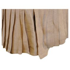 Cotton jute bedskirt with pleated detail.   Product: Bed skirtConstruction Material: 100% JuteColor:...