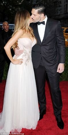 Love is in the air: Sofia Vergara and Joe Manganiello (L) smooched on the red carpet, whil...