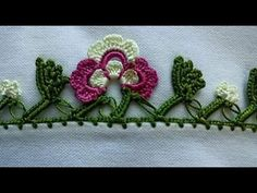 How to make a 'tığ oyası' (Turkish crochet lace) - YouTube Crochet Edging Patterns, Crochet Borders, Fabric Flower Brooch, Fabric Flowers, Irish Crochet, Diy Crochet, Lace Embroidery, Crochet Videos, Crochet Flowers
