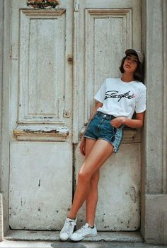 Fashion Short Jeans For Women Diamond Denim Shorts Capri Jeans High Wa – dearmshe Model Poses Photography, Lifestyle Photography, Photography Tricks, City Photography, Photography Books, Photography Lighting, Digital Photography, Modelling Photography, Photography Backdrops