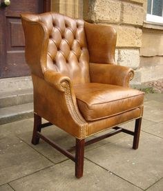 ANTIQUE CHAIR | ANTIQUE CHAIRS AND STOOLS >> 19th Century Leather Armchair
