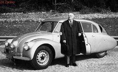 Tatra 87 a Hans Ledwinka. Snímek byl pořízen roku 1967 v Mnichově. Vintage Cars, Antique Cars, Enjoy Car, Design Museum, Car Ins, Car Accessories, Cars And Motorcycles, Motorbikes, Autos