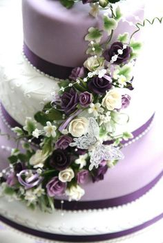 Pretty Purple Wedding Cake by Chaleywoo (7/11/2012) View cake details here: http://cakesdecor.com/cakes/21260 #purpleweddingcakes