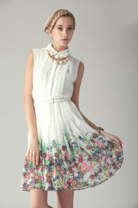White Sleeveless Pearls Embellished Floral Print Dress $77.05