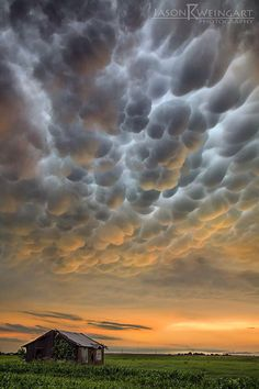 By Jason Weingart. Mammatus clouds over an abandoned home outside of Granger, after a complex of storms caused flash flooding across numerous areas around Central Texas. 05.25.15 f/11.0 1/30th second ISO 200