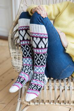 Novita 7 Veljestä: Ninnu Leg Warmers, Diy Crafts, Legs, Knitting, Fashion, Leg Warmers Outfit, Moda, Tricot, Fashion Styles