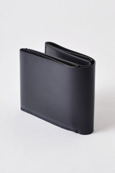 Issac Reina – One Leaf Wallet | Procured Design