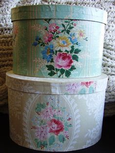 Vintage wallpaper boxes
