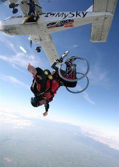Extreme wheelchair jumping - PhotoBlog