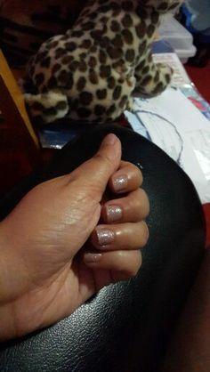 Nude glitter gelish