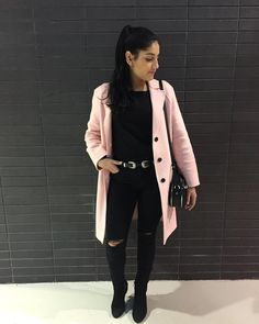 Shabana De La Rosa sur Instagram : « Double Buckle Belt X Pink 3 of 3 #ootd #ootn #outfit #outfitoftheday #style #fashion #lookbook #lookoftheday #lookdujour #fashionblogger… »