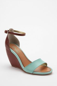 Seychelles Thyme Wedge Sandal #urbanoutfitters