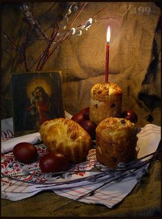 Joan Blalock has shared an animated gif from Photobucket. Easter Holidays, Kids Christmas, Vintage Christmas, Christmas Foods, Vanitas, Easter Egg Crafts, Easter Eggs, Orthodox Easter, Candles In Fireplace