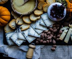 10 Goth Cheeses and What to Pair with Them Halloween Dinner, Halloween Drinks, Halloween Cakes, Smoked Cheese, Dried Figs, Food Out, Charcuterie Board, Charcuterie Ideas, Kitchens