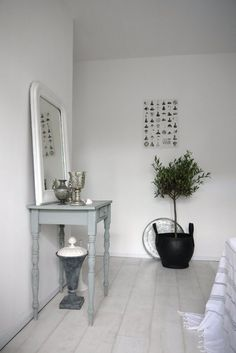 amsterdam apartment #grey #white #decor
