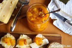 Hei kjære dere!  En ekte, indisk oppskrift skal dere få av meg i dag - på en supergod og klassisk mango chutney! Mango chutney spises vel mest som tilbehør til indisk mat, men denne mango chutneyen her er også helt fantastisk god til ost! Love it! Og apropos India: Vil du støtte en god sak, bør du som meg støtte årets MedHum-aksjon! MedHumerNorsk medisinstudentforening sinhumanitæraksjon og består av frivillige medisinstudenter. Annet hvert år arrangerer MedHum en aksjon hvor målet er…