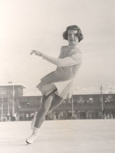 Tenley Albright, American figure skater who contracted polio at age but won the U. figure skating championship in 1952 and the silver medal in the 1952 Olympics. In she became the first American woman to win the Olympic gold medal in figure skating. Roller Skating, Ice Skating, Youth Olympic Games, World Figure Skating, Women Figure, Ladies Figure, Olympic Gold Medals, Usa Sports, Olympic Champion