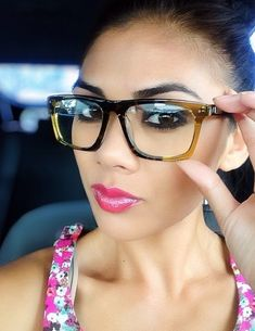 84e5de11b6 I want these eye glasses Alanadawn posted on Instagram!! In love, need  these · Lunettes ...