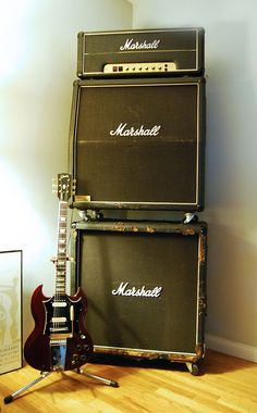 "1980 Marshall JMP 100watt ""Superlead"" & 1968 Gibson SG 'Standard' #marhsallamps #gibsonguitar #vintageguitar"
