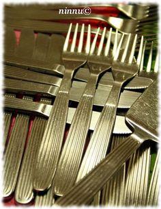 Scandia tableware from Sorsakoski/Hackman, design by Kaj Franck Iron Steel, Steel Metal, Old Ads, My Childhood Memories, Scandinavian Design, Finland, Retro Vintage, Tableware, Kitchenware