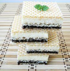Simplicity - Simplitate in bucatarie: Napolitane cu crema de lapte praf si biscuiti Cake Recipes, Dessert Recipes, Creme Caramel, Sweet Tarts, Food Cakes, Homemade Cakes, Sweet Desserts, Sugar And Spice, Vanilla Cake