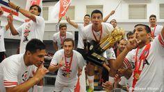 Los festejos del campeón en el vestuario » Club Atlético River Plate