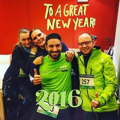 I guess that we dont look that bad after the 10k of the #Silvesterlauf  #Nuernberg. I wish all of you a happy new year 2016  with many wonderful kilometers good runs wonderful trails and without injuries. Go and run  2016