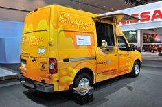 2012 Nissan HD food trucks deliver deliciousness in LA Grilled Cheese Truck, Ice Cream Companies, Mobile Food Trucks, Camper Conversion, Food Service, Camper Van, New Recipes, Nissan, Jeep