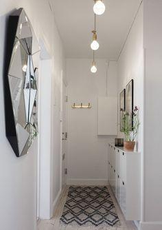 Hallway before & after First Apartment Decorating, Hallway Decorating, Interior Decorating, Foyer Staircase, Decoracion Vintage Chic, Hallway Inspiration, Alesund, Hallway Storage, Small Hallways