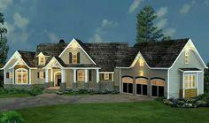 I love angled houses like this with a bonus room over the garage.