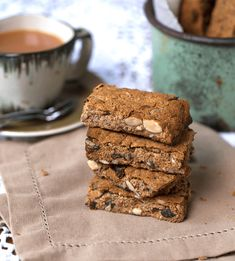 A delicious and easy Healthy Vegan Nut and Seed Rusks recipe, that is gluten free, sugar-free, low carb and vegan. Made with wholesome ingredients. Gluten Free Recipes, Vegan Recipes, Snack Recipes, Vegan Meals, Banting Recipes, Pizza Recipes, Vegan Food, Cooking Recipes, Healthy Sugar