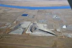 Workers dig deep to clean up contaminated soil at Hanford